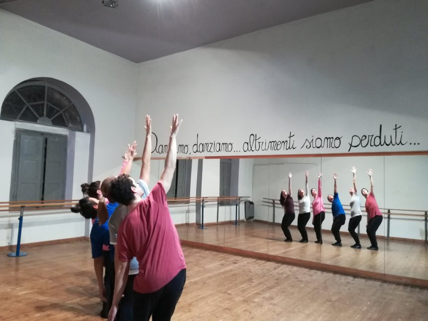 DANZA MODERN JAZZ ADULTI